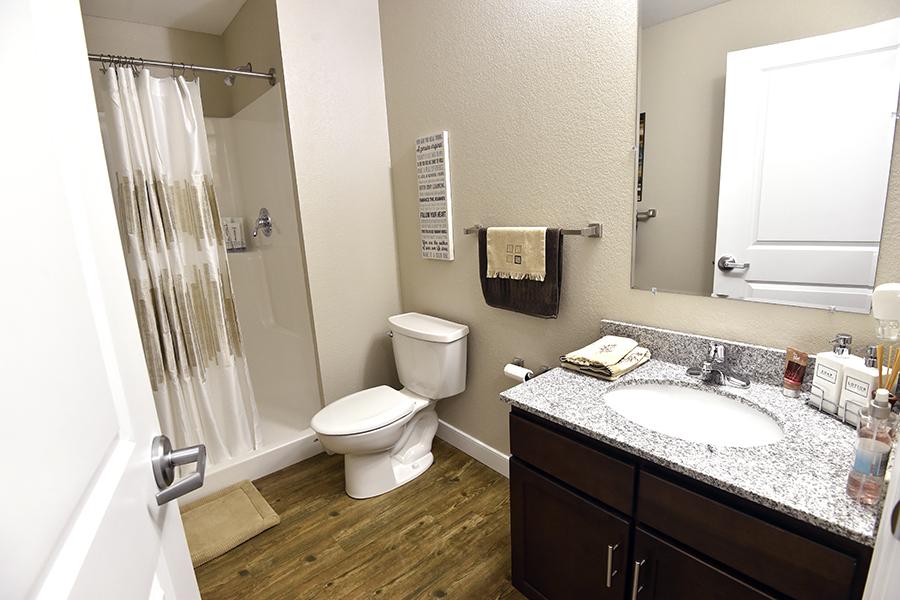 Model-Apartment-5-29-15-41